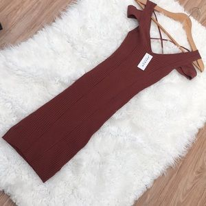 Kendall & Kylie Dresses - NWT Kendall and Kylie rust color dress